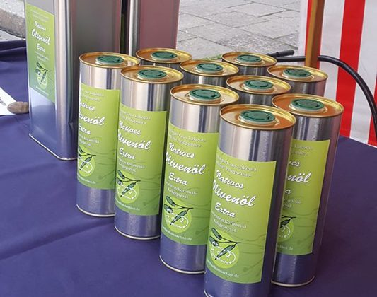 Special Olive Oil at Prenzlauer Berg farmer's market in Seelower str. every Saturday.